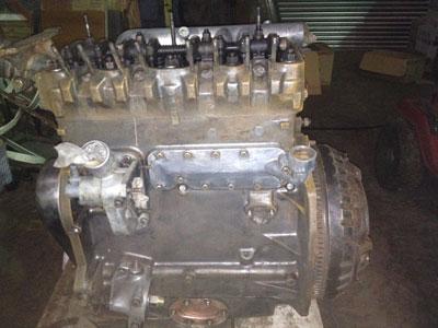 Rebuild FE35 tractor engine