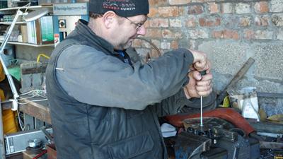 MF135 oil pump assessment