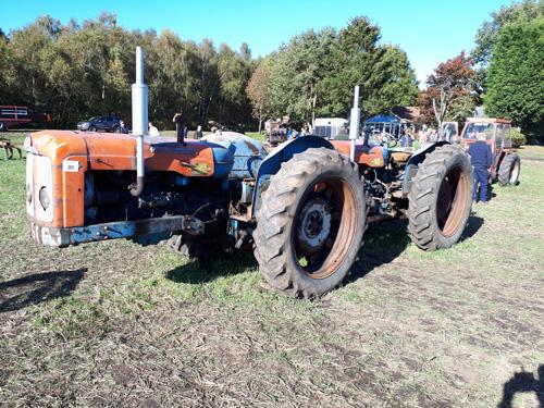 Doe Triple D tractor